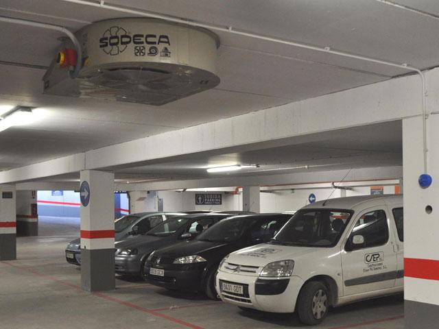 Consum Supermarket Car park